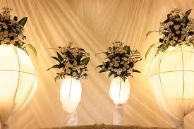 Te proponemos a continuación algunas ideas útiles para decorar y mejorar un momento tan especial como tu boda al aire libre