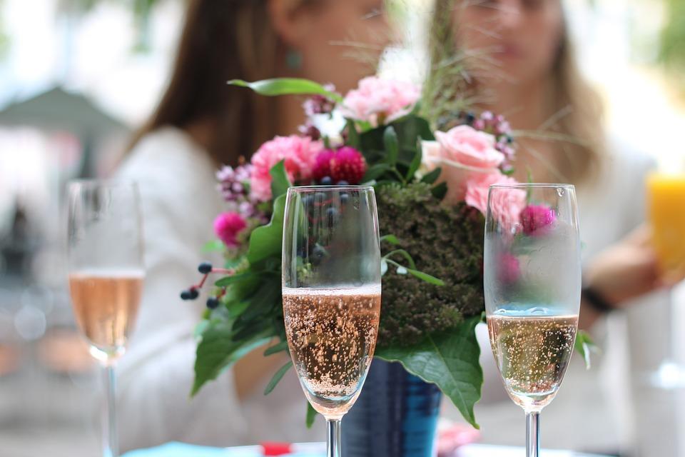 Deseamos de todo corazón que estas ideas te sirvan para celebrar tu boda perfecta y disfrutes del banquete y todos los actos como te mereces en un día tan especial y maravilloso para ti