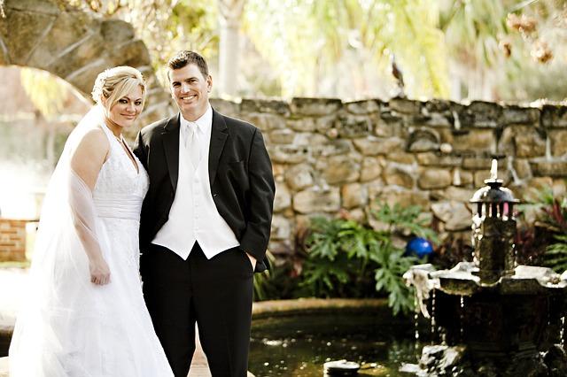 te vamos a ofrecer una serie de consejos para acertar con el vestido de novia de talla grande