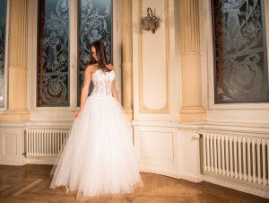 Tendencias de moda para novias curvy