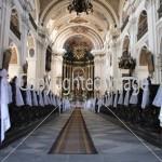 ¿Cómo entran los novios a la iglesia?