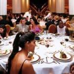 Cómo comportarse en un banquete