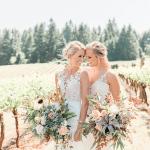 Inspiración femenina de boda LGBTQ + de Sweet Cheeks Winery