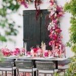Inspiración para una boda fucsia brillante en Ibiza ⋆ Ruffled