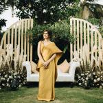 Impresionante celebración del compromiso de oro de Roka con vibraciones retro de Bollywood