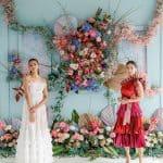 3 fondos de flores esculturales con ropa de diseñador colorida